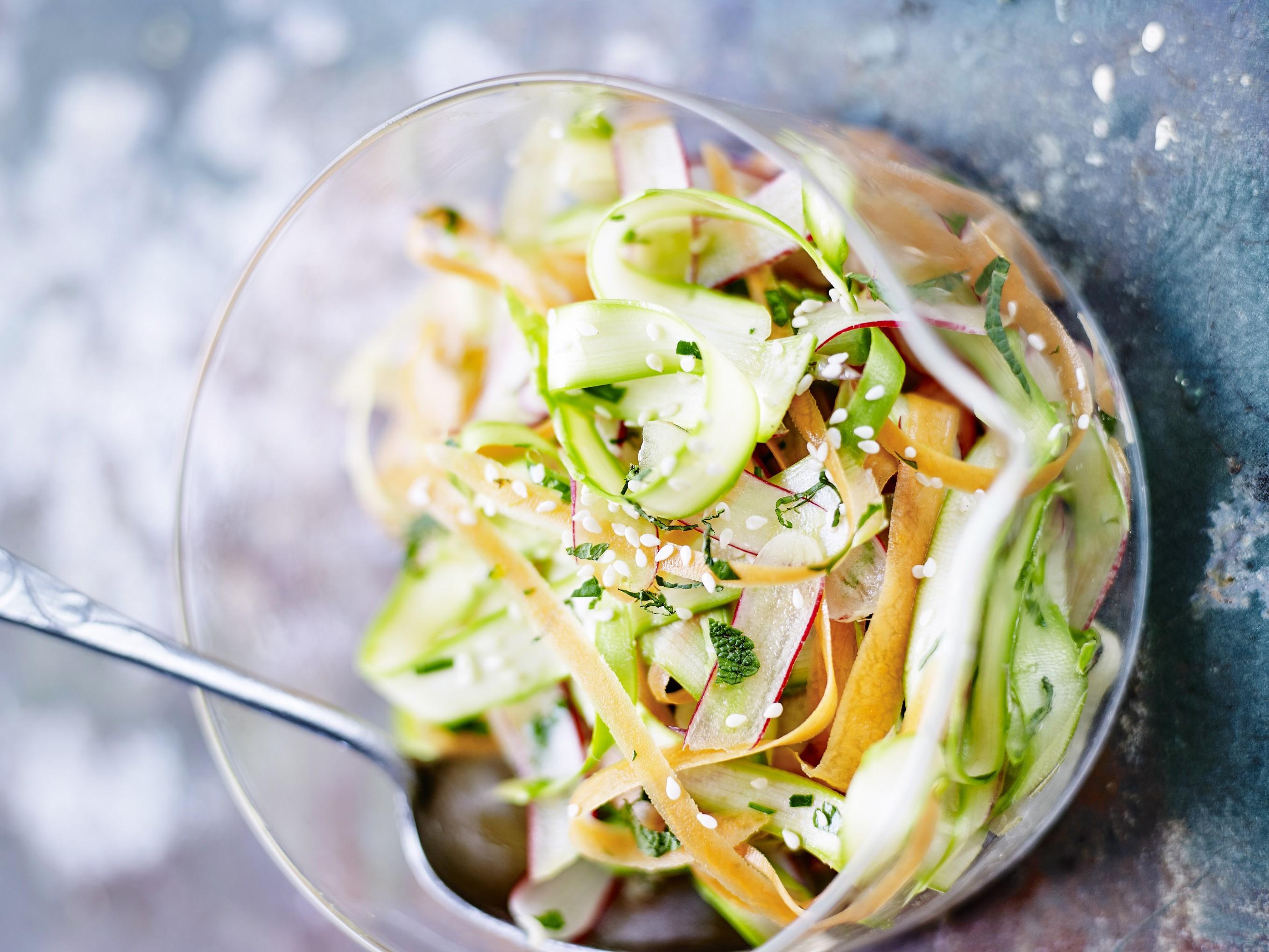 Coleslaw-de-legumes-printaniers