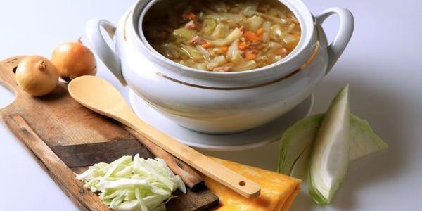 12 recettes de soupes br le graisses - Nettoyer graisse brulee four ...